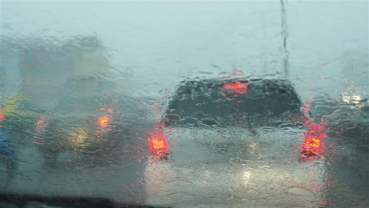 Vento, chuva, neve e ondas grandes são ameaça nas próximas 24 horas