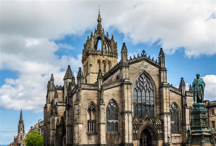 Homem hospitalizado na Escócia com amnésia pode ser português