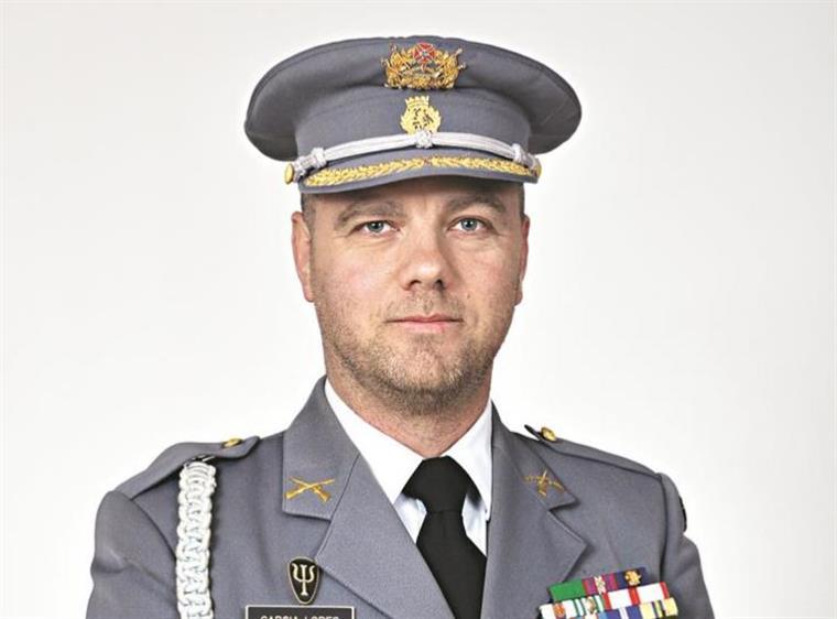 """Garcia Lopes. Os militares são preparados para a """"euforia"""" e para a ... bc3dcdbe53669"""