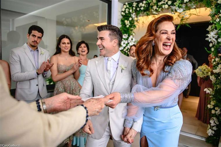 Cláudia Raia partilha fotos do casamento | FOTOS