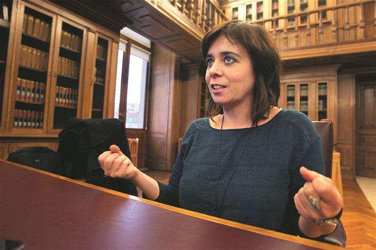 Leis laborais: a troika continua cá