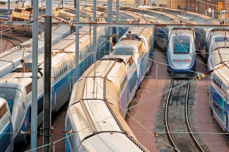 Transporte de mercadorias Sines-Badajoz vai demorar menos 3h30