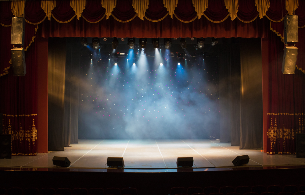 Costa reforça financiamento das artes: dá mais 2,2 milhões de euros