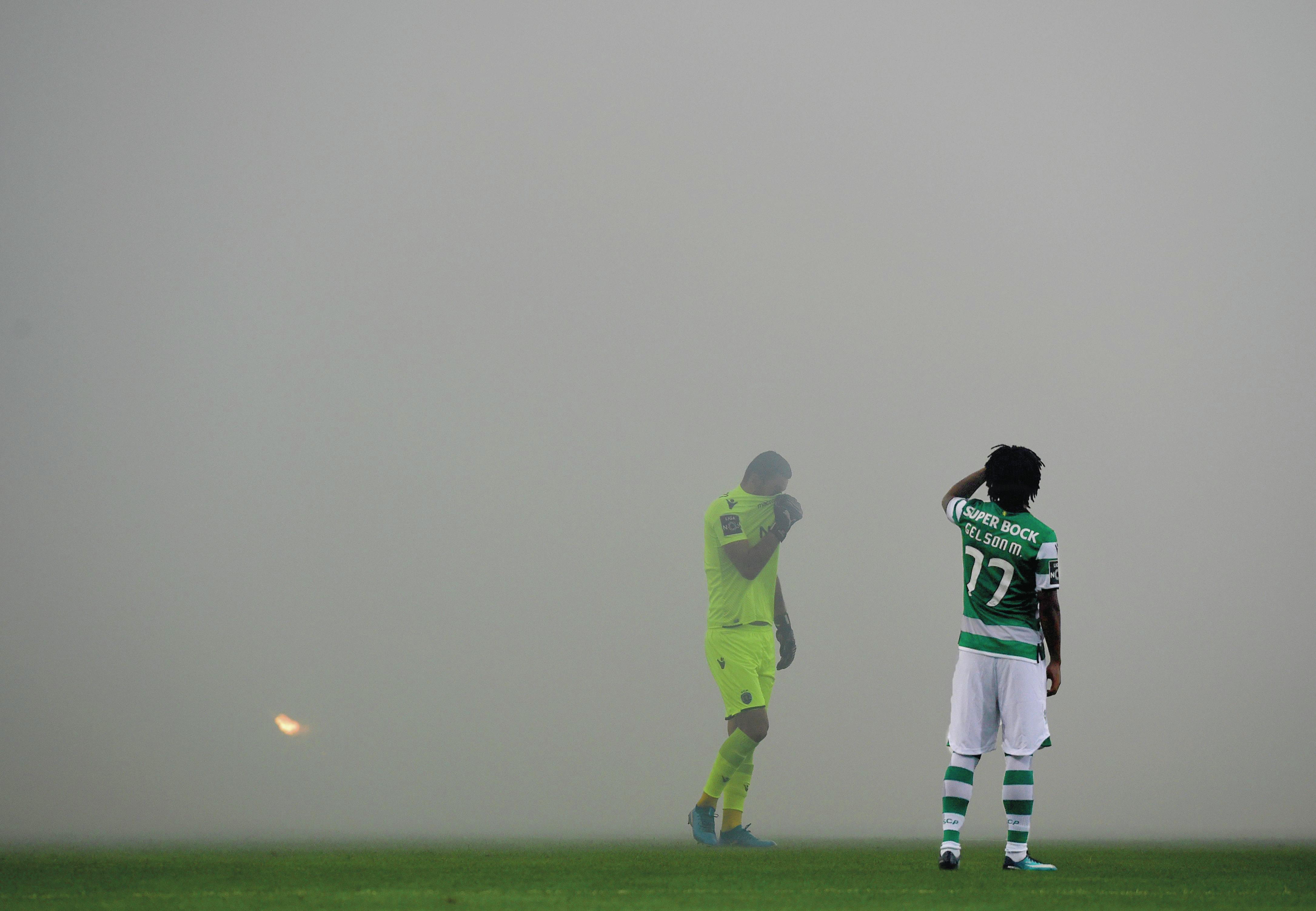Órgãos sociais do Sporting podem demitir-se para pressionar Bruno de Carvalho