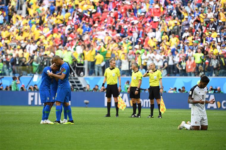 Brasil bate a Costa Rica por 2-0 e está mais perto dos oitavos de final do Mundial2018