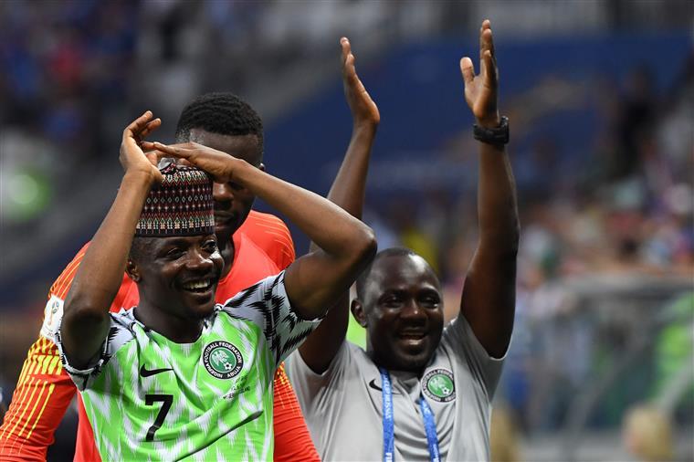 Bis de Musa dá vitória à Nigéria