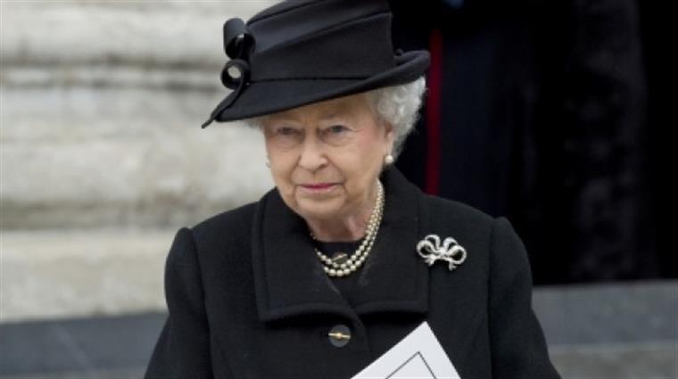 Isbael II no funeral de Margaret Thatcher