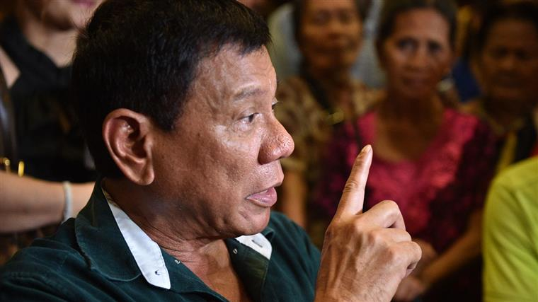Filipinas. Homem com cancro é torturado por ter sido confundido com um toxicodependente