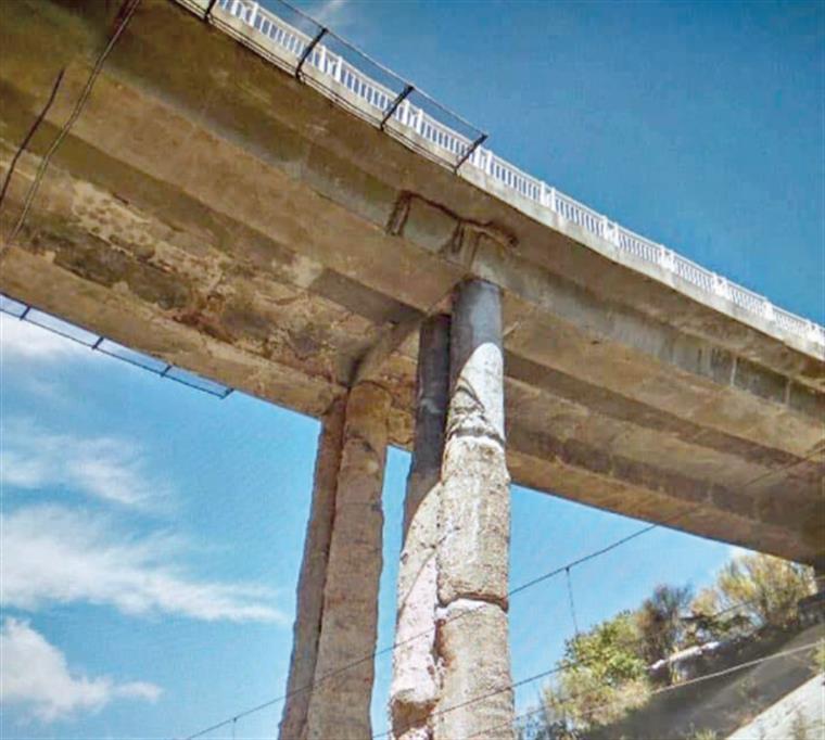 Será que há risco de segurança no viaduto Duarte Pacheco em Lisboa? | Foto