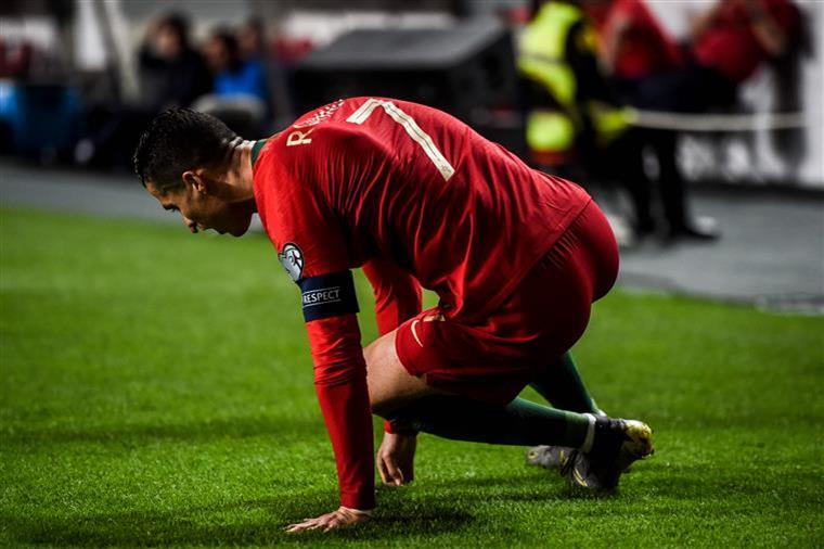 Portugal perde (1-2) com a Ucrânia