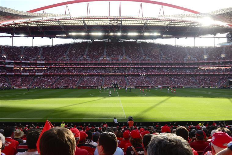 Benfica SAD dispara na bolsa depois de OPA lançada pelo clube