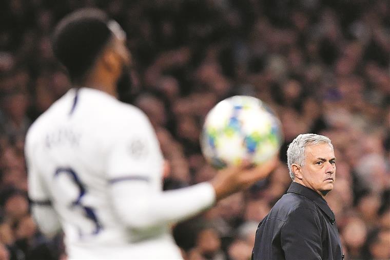 Man. United-Tottenham. Mourinho perde no regresso a Old Trafford