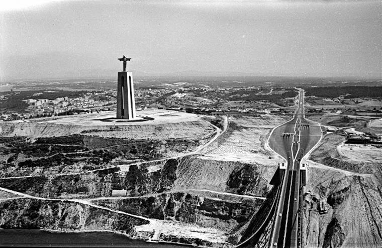 c5dd36f8d 17 de maio de 1959. Velhinhas de 80 anos voavam nos céus de Lisboa