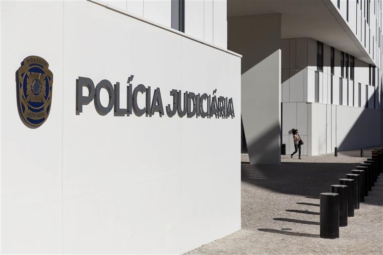 Empresário do mobiliário, conhecido como Rolls Royce, suspeito de fraude de milhões