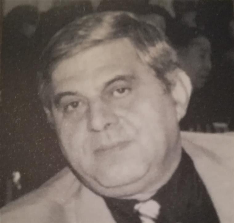 86957be74 Morreu João Fernandes, fundador do 'Jornal de Macau' e colunista do  semanário 'O Diabo'