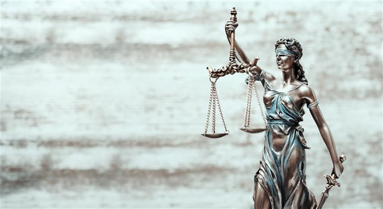 Julgados homens que assaltavam estabelecimentos comerciais
