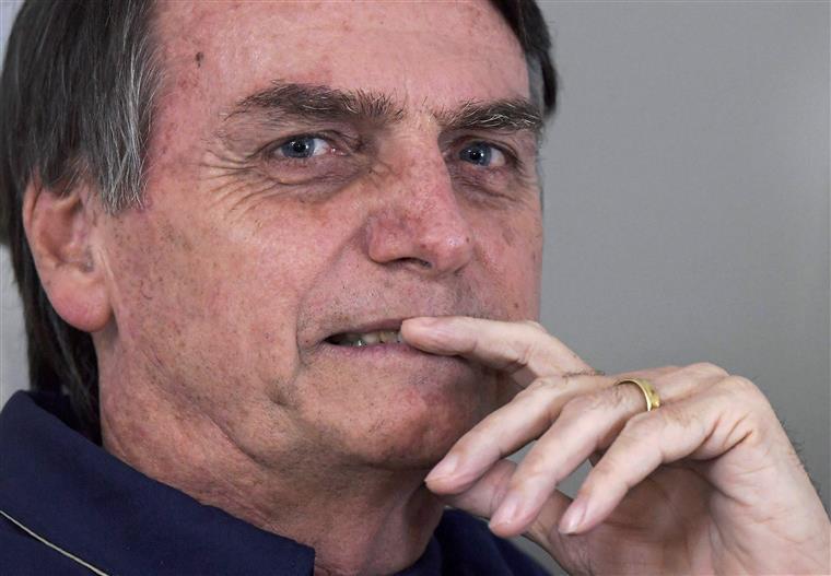 Presidente brasileiro culpa ONG's pelas queimadas na Amazónia