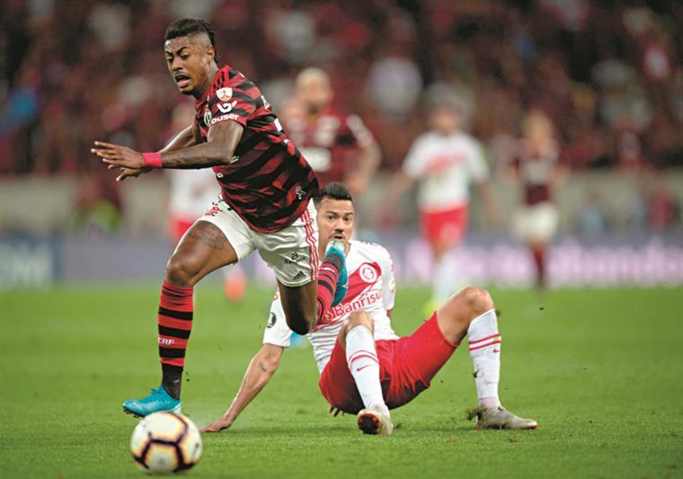 Libertadores. Flamengo  de Jesus com meio bilhete para as meias-finais