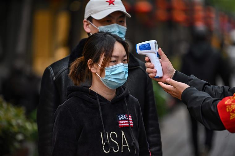 China não regista vítimas mortais infetadas com covid-19 pela primeira vez
