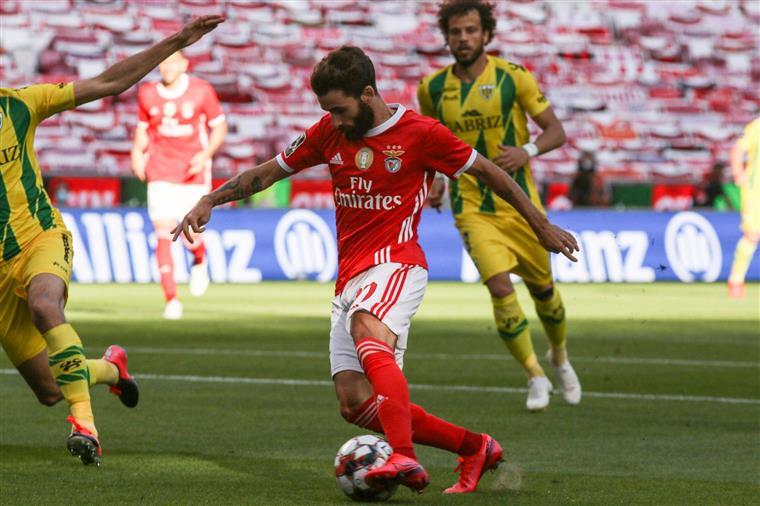 Benfica jogou esta noite com o Tondela