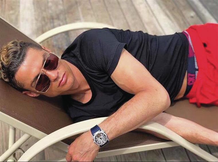Cristiano Ronaldo gasta seis milhões de euros em relógios