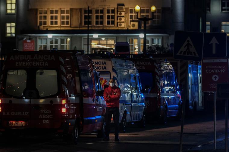 Rede de oxigénio no Hospital Amadora-Sintra colapsa e obriga a transferir doentes para outras unidades hospitalares