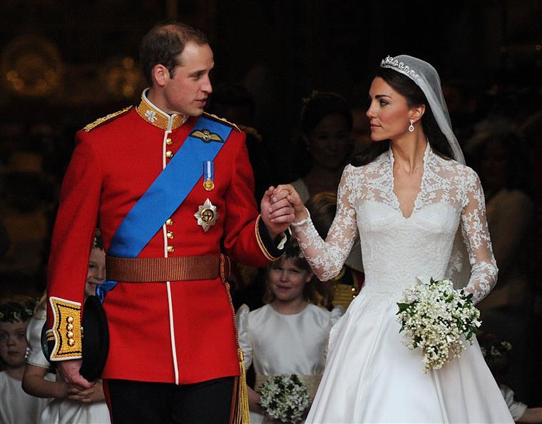 Os duques de Cambrigde casaram-se a 23 de abril de 2011, na Abadia de Westminster, em Londres