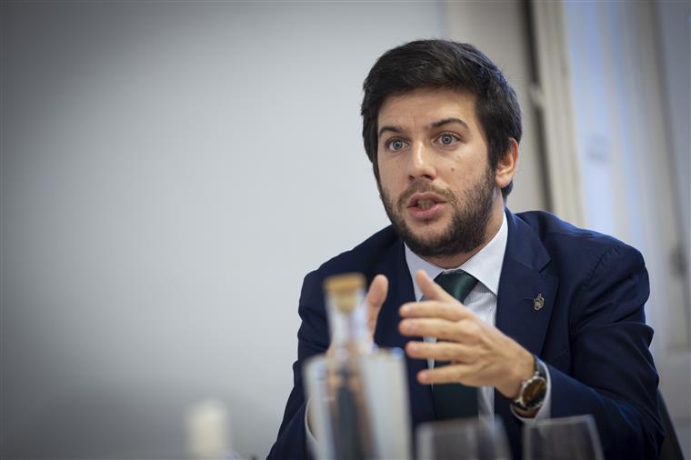 Francisco Rodrigues dos Santos questiona Costa: É preciso